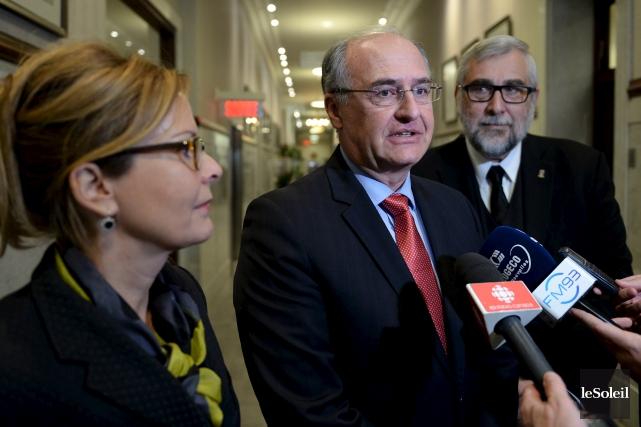 Les trois élus de l'opposition à Québec, Anne... (Le Soleil, Erick Labbé)