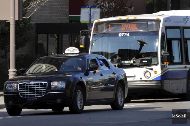 De peur de perdre des clients, l'industrie du taxi dit encore non, cette année,... (Photothèque Le Soleil, Erick Labbé)