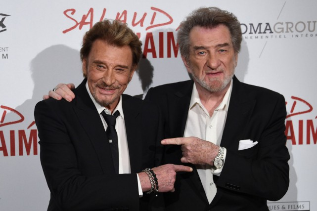Eddy Mitchell (à droite) en compagnie de son... (PHOTO ARCHIVES AFP)