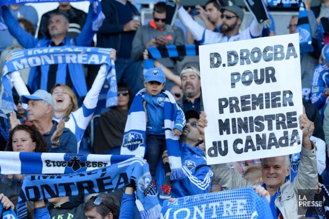 Non seulement Didier Drogba a-t-il grandement contribué aux... (Photo Bernard Brault, La Presse)