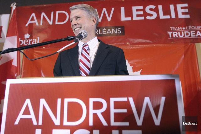 Candidat vedette du Parti libéral, Andrew Leslie est... (Etienne Ranger, LeDroit)