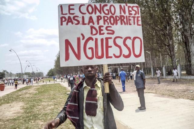 Les Congolais sont appelés à se prononcer dimanche... (PHOTO LAUDES MARTIAL MBON, ARCHIVES AFP)
