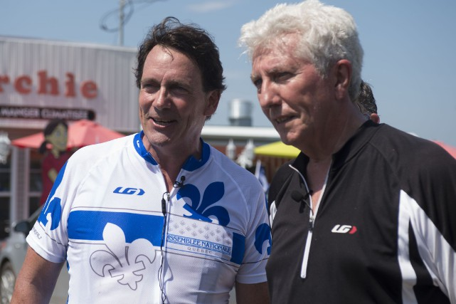 Pierre Karl Péladeau et Gilles Duceppe avaient pédalé... (photo: Stéphane Lessard)