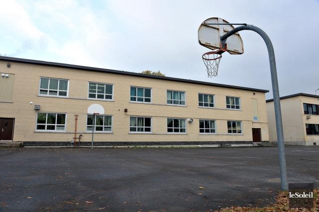 L'école régionale des Quatre-Saisons, dans Limoilou, est vieillissante.... (Le Soleil, Patrice Laroche)