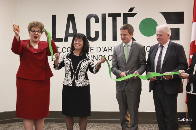 Lyne Michaud, directrice de l'Institut; Lise Bourgeois, présidente... (Martin Brunette, LeDroit)