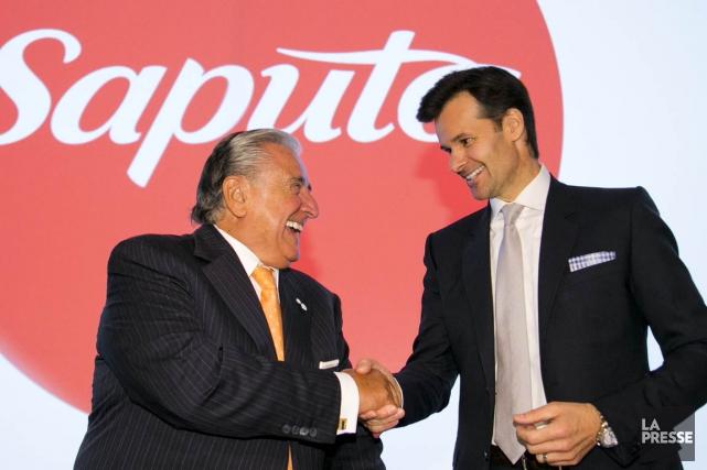 Lino Saputo, président du C.A., et son fils... (PHOTO DAVID BOILY, archives LA PRESSE)