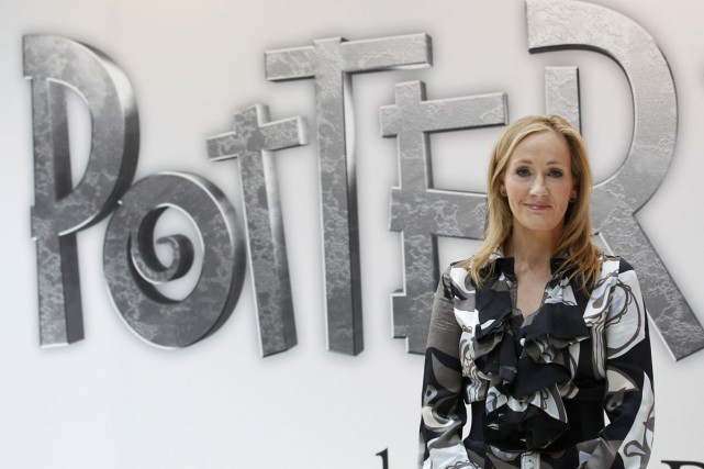 J.K. Rowling... (PHOTO REUTERS)