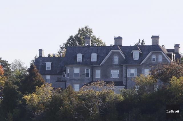 Érigée en 1866, la résidence officielle du premier... (Simon Séguin-Bertrand, Archives LeDroit)