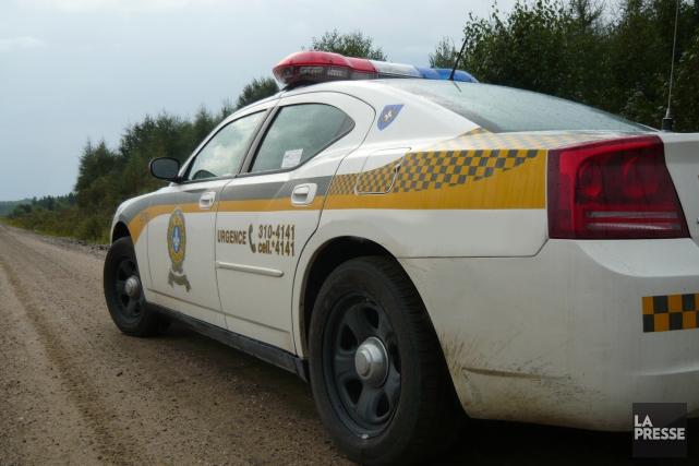 Une femme dans la cinquantaine a perdu la vie dans un accident de voiture hier... (Archives La Presse)