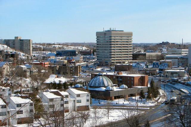 Le centre de Sudbury... (Wikimedia Commons/P199)