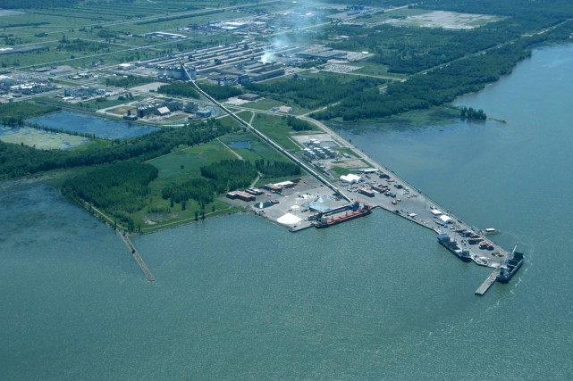 Plusieurs ports du Québec ont récemment investi dans leurs infrastructures ou... (Photo fournie par la Société du parc industriel etportuaire de BÉcancour)