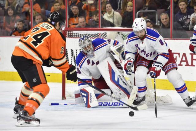 Sam Gagner et Claude Giroux ont fait mouche en fusillade et les Flyers de... (Photo Derik Hamilton-USA TODAY Sports)