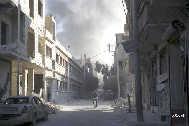 Un groupe rebelle syrien a placé des civils alaouites et des soldats du régime... (Photothèque Le Soleil)