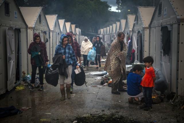 La «route des Balkans»conduit migrants et réfugiés depuis... (Photo Santi Palacios, AP)