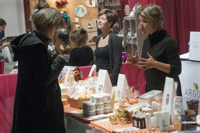 Le 5e Salon des produits régionaux s'est conclu,... (Photo Le Quotidien, Michel Tremblay)