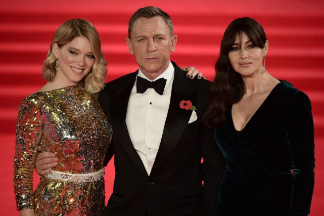 Léa Seydoux, Daniel Craig et Monica Bellucci à... (PHOTO AFP)