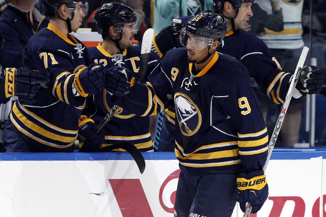 Evander Kane... (PHOTO KEVEN HOFFMAN, ARCHIVES USA TODAY SPORTS)