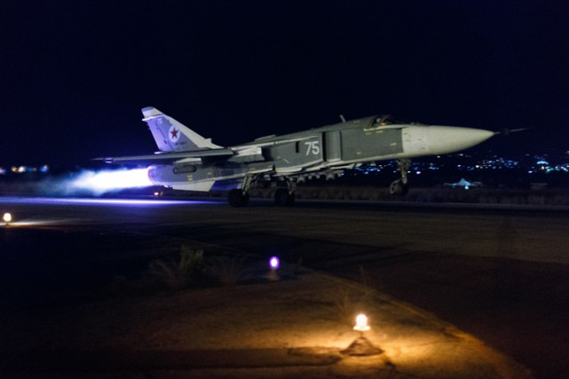 L'armée russe a annoncé lundi avoir effectué 59... (PHOTO AP)