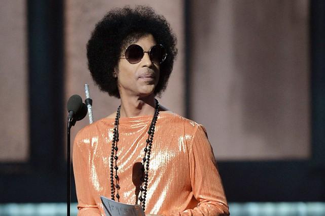 Prince lors du dernier gala des Grammy Awards... (AFP, Robyn Beck)