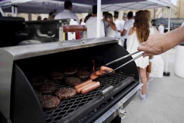 Le CIRC a décrété que la viande transformée... (Tony Gutierrez, Archives AP)