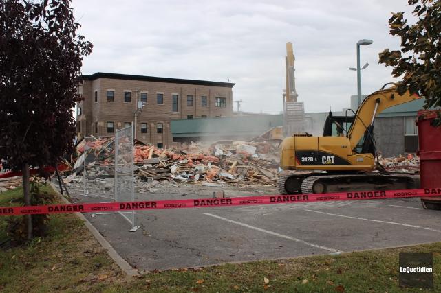 Le bar Le Québécois a été démoli dans... (Photo Le Quotidien, Katerine Belley-Murray)