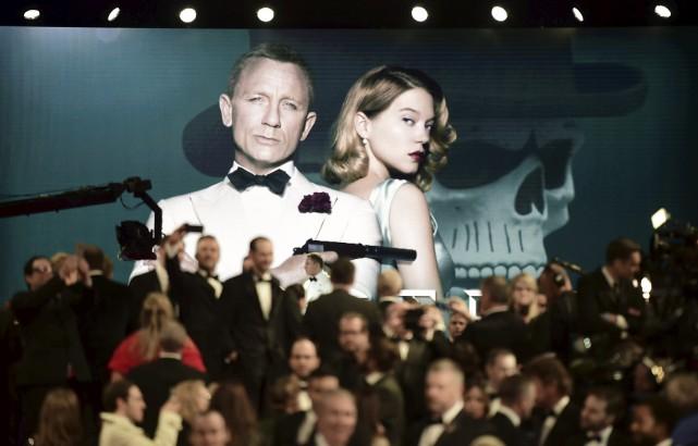 Daniel Craig et Lea Seydoux apparaissent dans une... (Agence France-Presse)