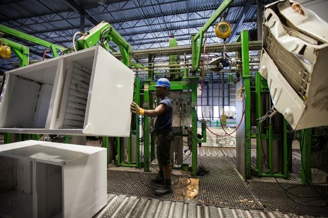 Recyclage ÉcoSolutions se spécialise dans le recyclage de... (PHOTO EDOUARD PLANTE-FRÉCHETTE, ARCHIVES LA PRESSE)