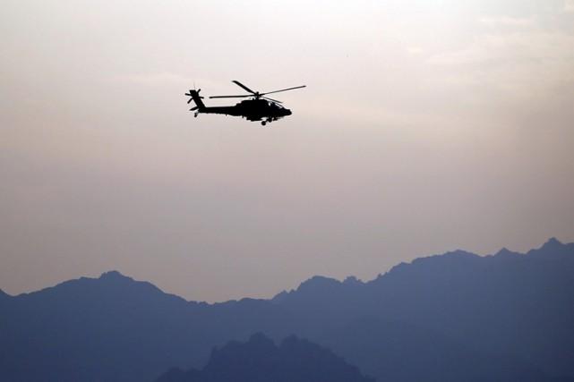 Un hélicoptère des autorités de Tripoli, non reconnues par la communauté... (ARCHIVES REUTERS)