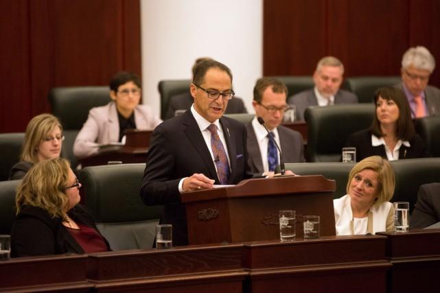 Le ministre des Finances de l'Alberta, Joe Ceci.... (Presse Canadienne)
