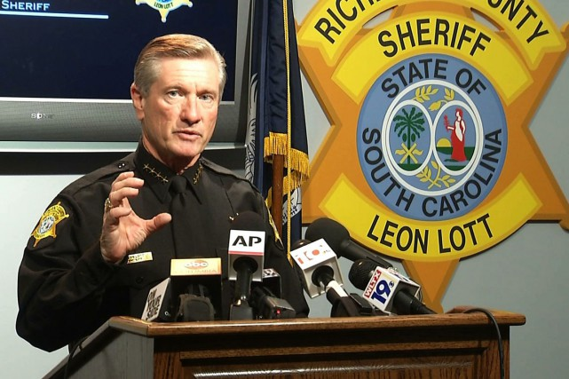Le congédiement a été annoncé par Leon Lott,... (PHOTO ALEX SANZ, AP)