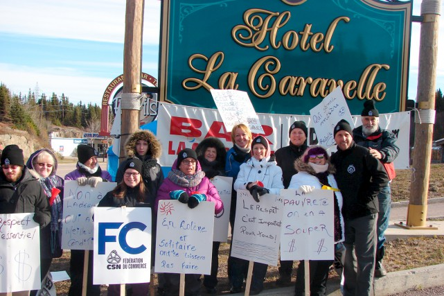 Les syndiqués de l'hôtel-motel La Caravelle veulent parler... (Collaboration spéciale Steeve Paradis)