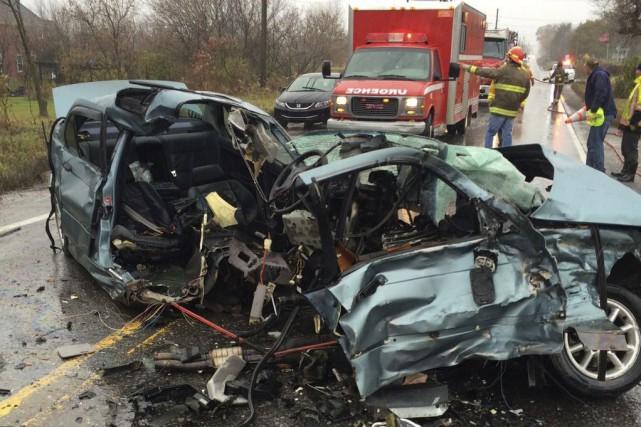 Un conducteur de 20 ans a été très chanceux de s'en tirer avec seulement... (Courtoisie)
