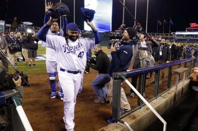Les Royals battent les Mets 7-1 et mènent...