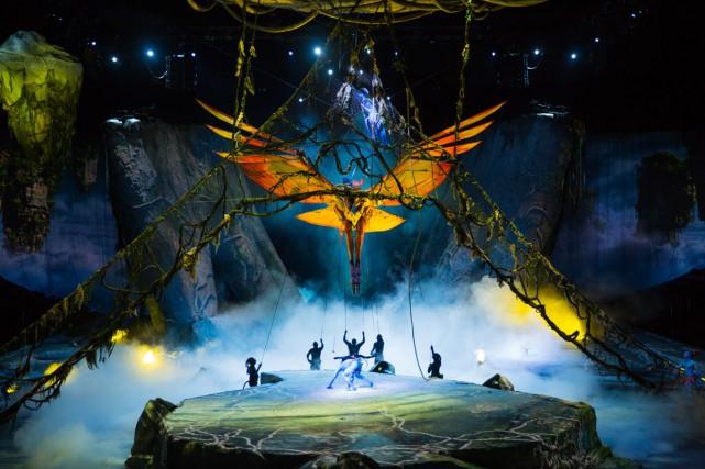 Le spectacle raconte les tentatives de trois jeunes... (PHOTO ERRISSON LAWRENCE, FOURNIE PAR LE CIRQUE DU SOLEIL)