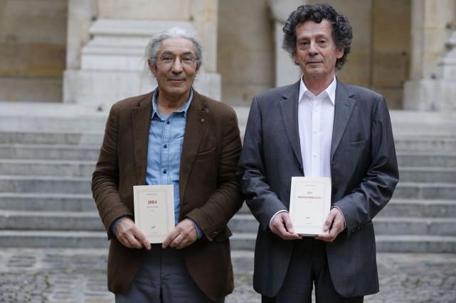 Boualem Sansal et Hédi Kaddour ont reçu ex... (PHOTO AFP)