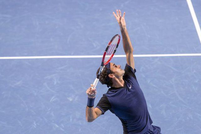 Le Suisse Roger Federer a eu besoin de trois manches pour se défaire de Philipp... (Photo AP)