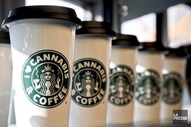 Starbucks de plus en plus populaire.... (Archives La Presse)