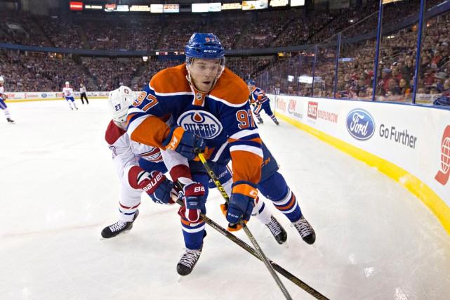 Connor McDavid a vite prouvé qu'il est en... (La Presse Canadienne, Jason Franson)