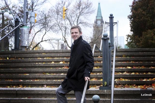 Le jeune député Francis Drouin veut concentrer ses... (Etienne Ranger, LeDroit)