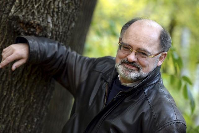 Le romancier Jean-Jacques Pelletier... (Erick Labbé, Le Soleil)