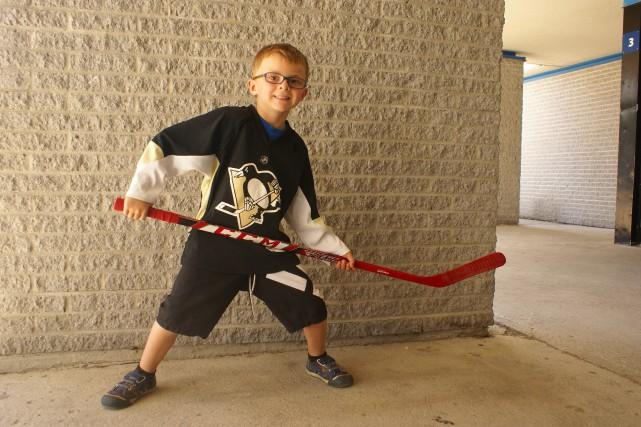 Alek Gauthier adore le hockey ! Mais, selon... (hoto Le Progrès-Dimanche, Mélissa Viau)