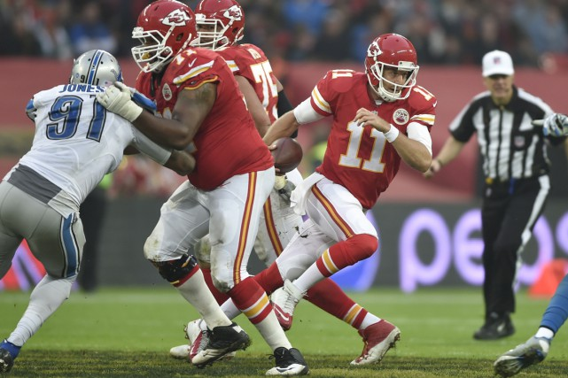 Quand Alex Smith a épuisé toutes ses options,... (Photo Steve Flynn, USA TODAY Sports)