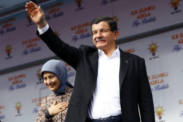 Ahmet Davutoglu est né le 26 février 1959... (PHOTO AP)
