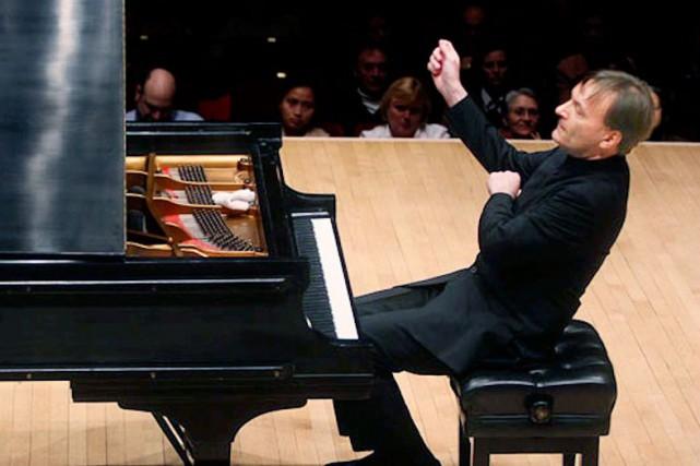 Le pianiste anglais Stephen Hough a été acclamé... (Hiroyuki Ito)