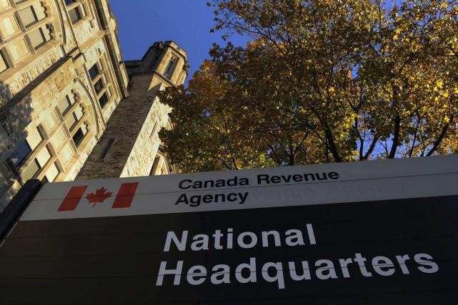 L'Agence du revenu du Canada (ARC) affirme que ses représentants ne devraient... (Archives PC)