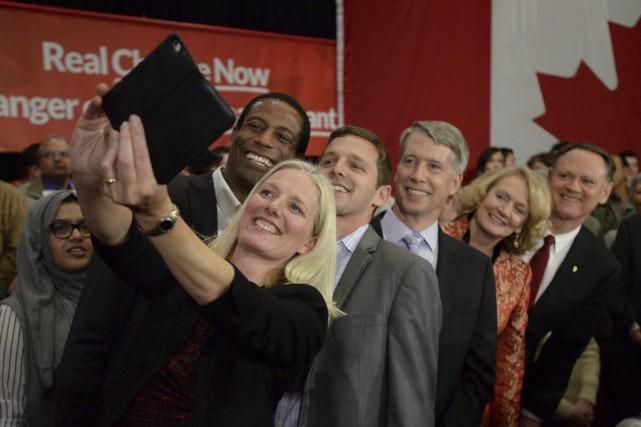 La libérale Catherine McKenna (au premier plan), qui... (Sean Kilpatrick, PC)
