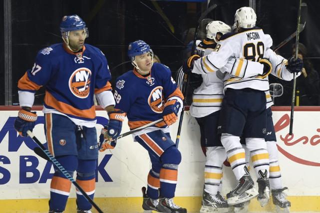 Sam Reinhart a rompu l'égalité avec 6:16 à jouer pour aider les Sabres de... (PHOTO AP)