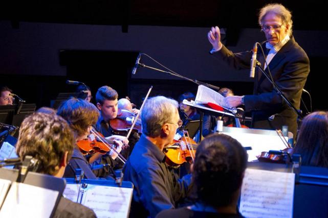 Les musiciens de l'Orchestre symphonique de jeunes Philippe-Filion ont prolongé...