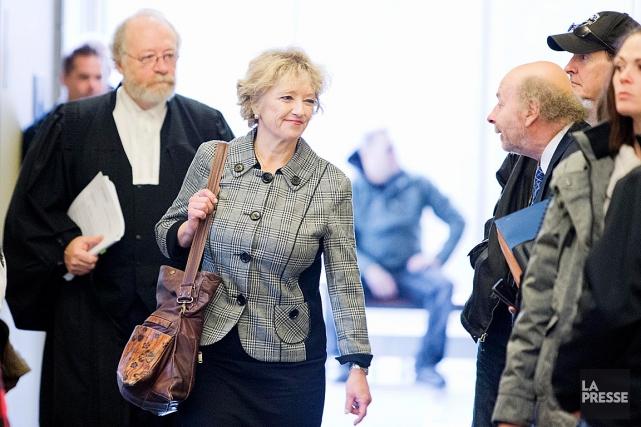 La psychiatre Dominique Bourget (au centre)témoigne au soutien... (PHOTO ALAIN ROBERGE, ARCHIVES LA PRESSE)