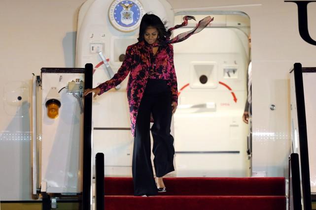 Michelle Obama est arrivée en fin de journée... (PHOTO OSAMA FAISAL, AP)